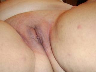 mmm i would love to eat that pussy and make you cum over and over b4 i fuck you deep with my 8inches