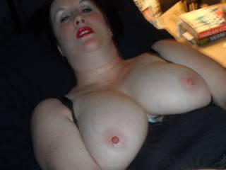 playing with my pussy  and cum