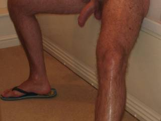 mmm...wanna lick u from toes to head sexy man!