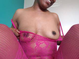 In my new pink crotchless body stocking 😘, I was looking at the Zoig chat room.