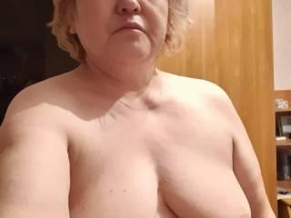 My girlfriend showing her lovely body