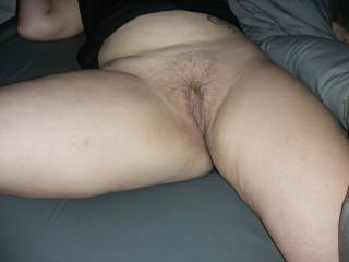 Hairy pussy show