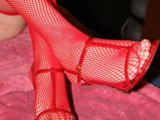 Please let me lay beneath your feet and just worship those stocking toes my goddess