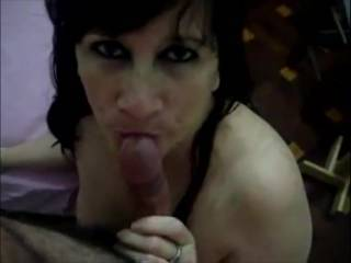 NEWLY THE LUXURIOUS MILF MELI MAKING ME A GREAT BLOW JOB .. THAT MAKES ME THREAT TO THE EGGS