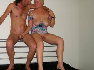 nice couple:), would be a fun time I am sure :)