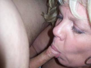 Mrs Daytonohfun giving me head while her hubby watched