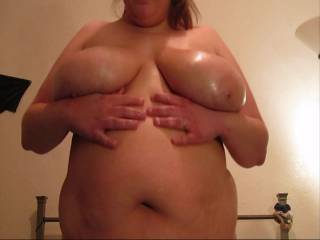 would love to help u oil those sexy tits and the rest of u down