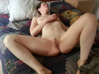 Wow nice body and pussy, delicious