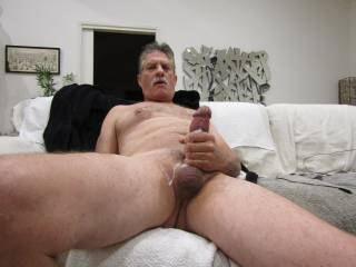 would love to feel your warm wet pussy on my cock .....