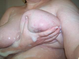 Looks like good clean fun. rub-a-dub ya want a man in your tub?