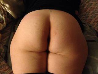 Who wants to pound her sexy ass?