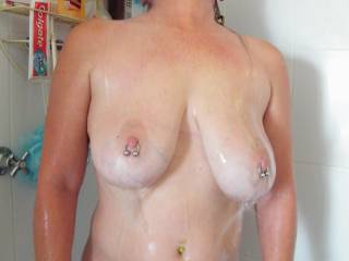 I would love to SUCK on those NIPPLES...