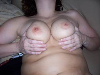 I luv a great pair of tits!!! Can I suck on those for you!!!!