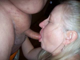 love seeing your cock get sucked by a hot mouth ;)