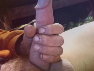 look at this thing goly is freakin big dont you think? I love jackin this big fuckin cock!!