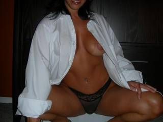 love to c the same pic but only with no panties  wow u r smoking hot  hope to c that pic soon mmmm thanks  tammy