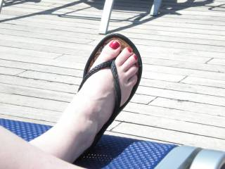 My beautiful red toe nails after I got a pedicure. it to bad my hubby don\'t like my feet.