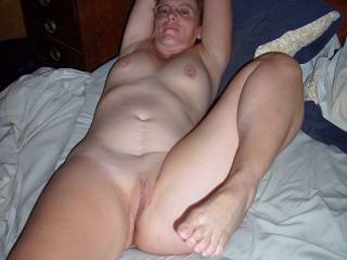 I would eat your pussy shaved and also with hairs both cases is delicious ...