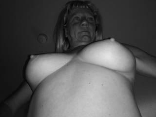 Johanne in black & white