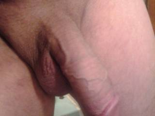 damn, I love a nice shaved cock and balls....