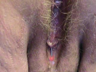 mmmmmmmmmmmmm i would love to lick it clean and then add my cum to it