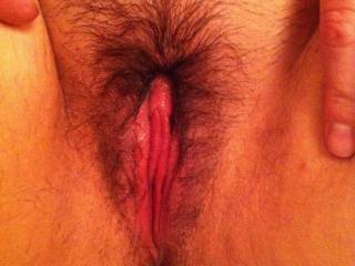 what a gorgeously beautiful and sexy hairy pussy!!