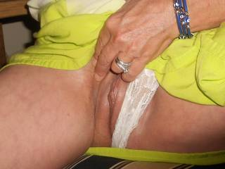 Finger lickin good!  Love to lick, finger, and fuck your hot wet pussy