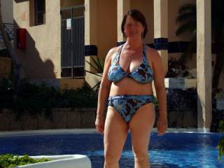 MMMM!!! Love your hot body in your bikini.  Keep your hot pics coming