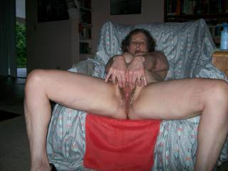 my wife showing her wet pussy