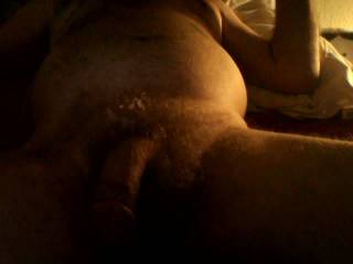 jacking that cum out for the ladies !!