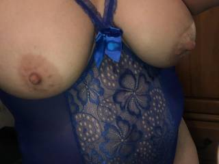 New outfit to show off the titties!