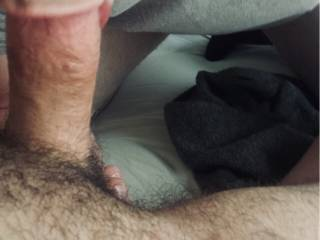 Sucking his fat hairy cock yummy 😋