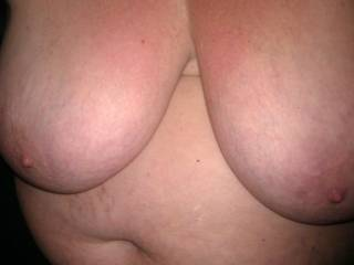OMG, babe, such BEAUTIFUL TITS, made for LICKING and SUCKING!!!