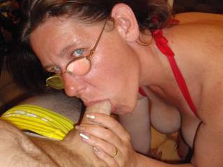 doing what I love ... sucking hubbies cock - will you let me suck yours?
