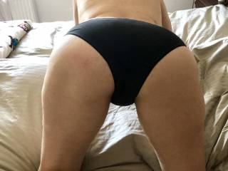 me on four teasing hubby, just making him wait :)