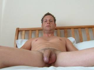 mmmmmmmmmmmmmm nice big cock honey, i wish i could suck that hard for you.