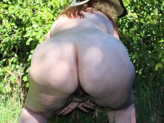 I would love to come up behind you and fuck your sexy ass outdoors