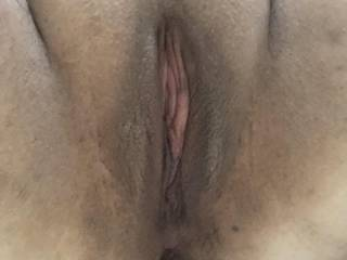 You all have been such good little boys and girls, so I shaved for you to enjoy my pussy even more. Eat up 💦👄