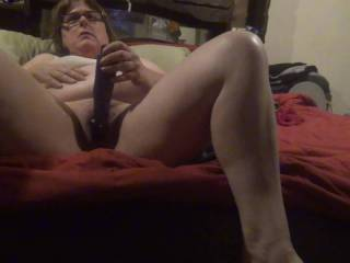 hope you like my pussy getting off on this vibrator I LOVE my clit played with. will you play with my pussy?