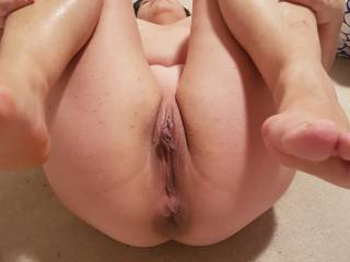 Shaved wife spreading on the floor