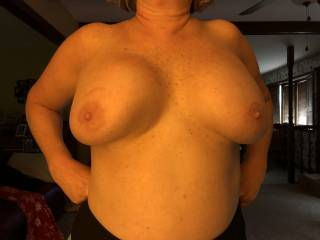 She likes showing her tits