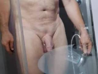 A small shower before fucking