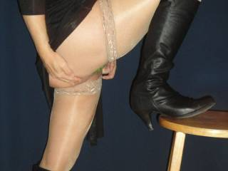 No matter what shade of silky stockings you wear I want you in them. You are so sexy in them
