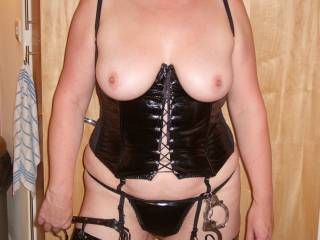 Cuff me n use me as your slave ;)