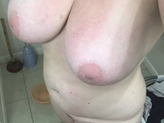 Another shot of her big nice fun titties.