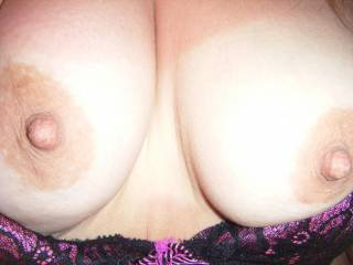 Such amazing tits....nipples that were made for sucking & licking...my tongue longs to explore every inch of them! Would you cum if I licked, sucked & caressed them?