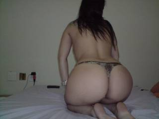 nice sexy butt i wouldlike to kiss u'r sexy butt and give it a good licking and a real good pounding!! u'r butt is so hot i add it to my collection!!!!!