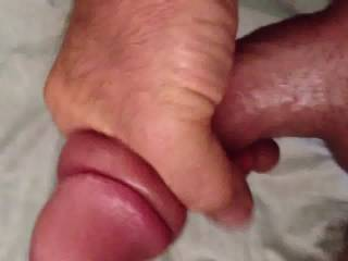 Omg I would love to have that in my mature pussy a few times xx
