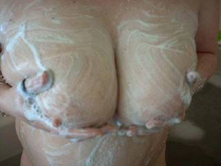 I can help soap up those wonderful Tits and rinse them off and get down to a good old 69