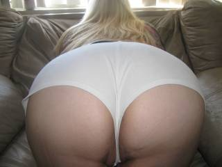 an arse i'd love to worship :P:P:P